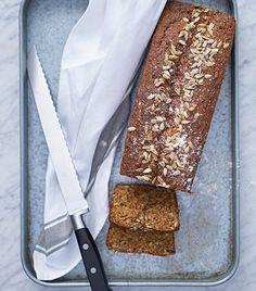 Saftigt filmjölksbröd med solroskärnor - recept - Mitt kök