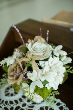 Hand made burlap fabric flowers | Country Rustic Virginia Wedding In Shades Of Cafe Au Lait | Photograph by Jen + Ashley Photography  http://storyboardwedding.com/country-rustic-virginia-wedding-cafe-au-lait/