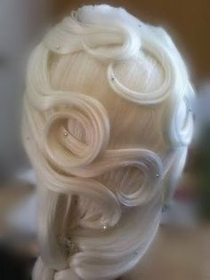 Disney Frozen Elsa Wig: based off a character but a really pretty blonde-white color