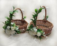 Flower girl basket rustic flower girl basket with faux white ivory flowers twig basket child willow basket greenery basket for petals Flower Girl Ideas Basket child faux Flower Flowers Girl greenery Ivory Petals rustic twig White Willow Desi Wedding Decor, Wedding Crafts, Wedding Decorations, Wedding Gift Baskets, Wedding Boxes, Rustic Flower Girls, Rustic Flowers, Home Decor Baskets, Basket Decoration