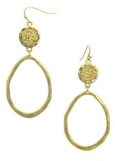 Whatever your preference, these earrings are sure to be a big hit!Gold oval…
