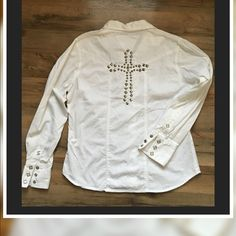 """White Cotton Shirt with Embellished Cross on Back Adobe 100% Cotton Front and cuffs are embellished with silver snaps/ Cross on back is silver embellishments... Just an overall nice top throw on alone or over a tank Color: White Size- L measures armpit to armpit about 20"""" Length from Boulder is about 22"""" Clean✨ No stains/ No holes Bright White NOT faded Adobe Rose Tops Button Down Shirts"""