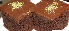 Galerie - Čokoládový dort hotový za 7 minut v hrnku recept Dessert Recipes, Desserts, Brownies, Food And Drink, Cookies, Basket, Crack Crackers, Postres, Deserts