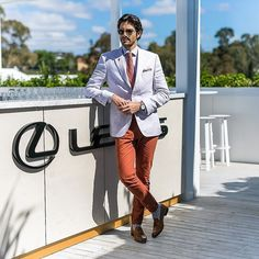 Mr Gold chilling at @lexusaustralia marquee rooftop on #OaksDay. Wearing @hugoboss @emporiummelbourne #colingild #thetrendspotter #trendspotter #melbcupcarnival @flemingtonvrc