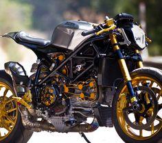 Custom Streetfighter Ducati 1098 Cafe Racer