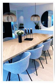 Gorgeous Best Minimalist Dining Room Design Ideas For Dinner With Your Family. room design modern Best Minimalist Dining Room Design Ideas For Dinner With Your Family Dining Room Table Decor, Dining Table Design, Dining Room Walls, Modern Dining Table, Room Wall Decor, Dining Room Furniture, Small Dining, Dining Area, Dining Sets