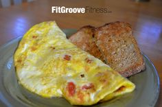 Skinny Italiano Omelette | FitGroove Fitness. Confession time: I love Italian Food! What I don't love though is the refined carbohydrates and calorie filled pastas, pizzas, and creamy sauces in many Italian foods that are oh-so tasty. As such, I'm always looking for ways to combine traditional flavors in lower calorie dishes and this is one I just love.