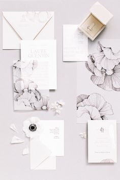 Black and White Stationary | Monochrome wedding stationary | Black and white stationary with floral detail | Franklyn K Photography | Wedding Sparrow