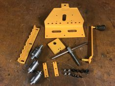Homemade Tools, Diy Tools, Diy Crafts Hacks, Diy And Crafts, Roll Bending, Ring Roller, Metal Bending Tools, Fabrication Tools, Metal Bender