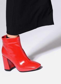 314eb70a439 Bottines et boots I Love Shoes CORINA Rouge  seventies boots bottines  bottinesvernis