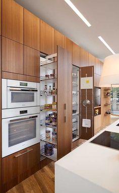 Kitchen Room Design, Kitchen Cabinet Design, Modern Kitchen Design, Home Decor Kitchen, Interior Design Kitchen, Home Kitchens, Kitchen Ideas, Kitchen Inspiration, Galley Kitchens