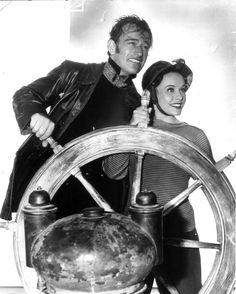 Paulette Goddard and John Wayne, 1942