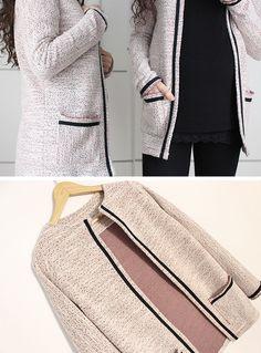 ¡Hola!   Esta semana traigo un vídeo tutorial con el paso a paso para hacer este cardigan con bolsillos , es un chaqueta estilo chanel p...