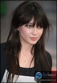 daisy lowe - Google Search Daisy Lowe, Fringes, Hair Inspo, Bangs, Hair Beauty, Google Search, Fringe Coats, Bangs Hairstyle, Pony