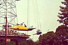 19 retro kép a budapesti Vidámparkról, a hetvenes évekből – DELUXE Hungary, Budapest, Fighter Jets, Fair Grounds, Park, Fun, Travel, Painting, Viajes