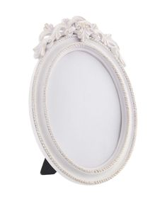 This feminine frame is perfect for adding a vintage feel to your home. Priced at £8.