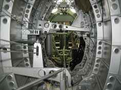 Anatomy of the Spitfire Cockpit 穴