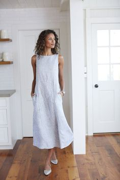 Mixed-stripes linen dress - This Linen design wonderful. May be difficult to create. Mixed-stripes linen dress - This Linen design wonderful. May be difficult to create. Linen Dresses, Casual Dresses, Summer Dresses, Dresses Dresses, Casual Clothes, Summer Clothes, Summer Outfit, Striped Linen, Striped Dress