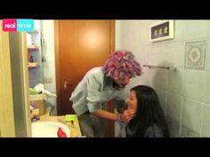 Ecco un tutorial dedicato a tutte le ragazze che sono in difficoltà per martedì... la nostra amica Clio ha la soluzione per voi ;)  l Martedon d'Italia - tempio di Musica Arte & Style Cult della NightLife Universitaria è Lieta di farvi Viaggiare verso altre culture - In un unico abbraccio chiamato FESTA!  ★ MARTEDON in INDIAN MAKEUP ★   #makeup #india #people #party #nepal #martedon