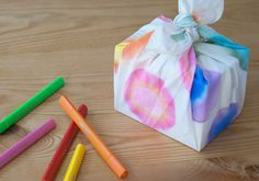 #craftingcommunity's #DIY Tie-Dye Bandanas for @Babble is up. Try it out!