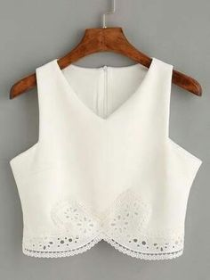 Clothes for Romantic Night - white lace crop top, sexy crop tank top, lace romantic white top - Lyfie - If you are planning an unforgettable night with your lover, you can not stop reading this! White Lace Crop Top, Lace Crop Tops, White Tops, White White, Crop Top Outfits, Cool Outfits, Summer Outfits, Cropped Tank Top, Crop Tank