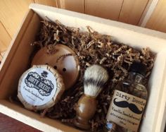 3 Men's Shave Set in Deluxe Wood Box with Aftershave/Cologne, Boar Brush, Mens Grooming