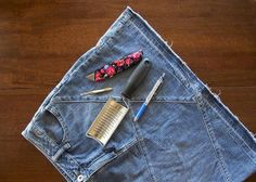 How to Distress Your Own Denim - The Easy Way! -