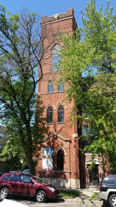 Sanctuary On The Square is an adaptive residential re-use of a Landmarked church located in the Palmer Square area of the Logan Square neighborhood. Windows Remodel by Superior Windows & Doors