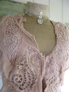 Lace clothes summer summer outfits for summer clothes style Boho Fashion, Vintage Fashion, Womens Fashion, Style Fashion, Retro Mode, Fru Fru, Look Boho, Pearl And Lace, Lace Outfit