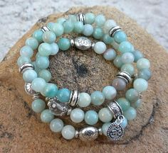 Blue and Bali silver beach inspired stretch bracelets Wire Jewelry, Boho Jewelry, Jewelry Crafts, Beaded Jewelry, Jewelery, Jewelry Bracelets, Jewelry Design, Fashion Jewelry, Pandora Jewelry