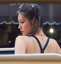 This called life. You can't keep being happy, you have to be sad some… # Fiksi Penggemar # amreading # books # wattpad Kpop Girl Groups, Korean Girl Groups, Kpop Girls, K Pop, Loona Kim Lip, Kpop Hair, South Korean Girls, Girl Hairstyles, Cool Girl