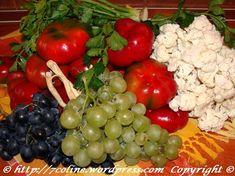 ingrediente pentru gogosari in otet umpluti cu struguri si conopida Fruit, Vegetables, Food, Vegetable Recipes, Eten, Veggie Food, Meals, Veggies, Diet