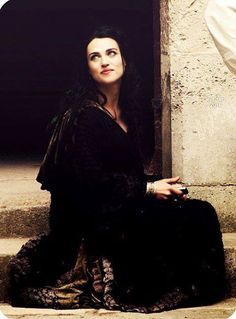 Katie McGrath is perfect as Morgana Pendragon.