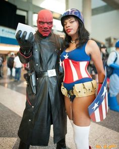 Red Skull And Lady Cap and a big Fuck You to Rose City Comic Con .  @ekoxcosplay #captainamerica #redskull #teamcap #avengers #avengersinfinitywar #marvel #rosecitycomiccon #marvellegends #marvelcosplay #cosplay #cosplayer #cosplaygirl #animegirl #blackgirlsrock #blackgirlmagic #photography