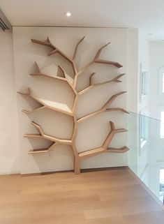 diy furniture and woodworking projects Tree Bookshelf, Bookshelf Design, Tree Book Shelves, Tree Shelf, Bookshelf Styling, Home Room Design, Home Interior Design, House Design, Interior Decorating