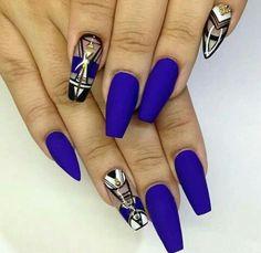 Blue nails Blue nail design is also elegant and stylish nail design. Apply a blue nail polish as the base color. Blue Coffin Nails, Matte Nails, Acrylic Nails, Gel Nail, Nail Polishes, Polish Nails, Black Nails, Uv Gel, Fabulous Nails