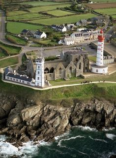 Saint Mathieu ~ is a headland located near Le Conquet overlooking an extremely important strategic stretch of coast connecting the Atlanta to the bay of Brest in Bretagne, Brittany region, France