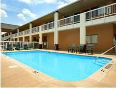 Columbia (TN) Super 8 Columbia United States, North America Set in a prime location of Columbia (TN), Super 8 Columbia puts everything the city has to offer just outside your doorstep. Both business travelers and tourists can enjoy the hotel's facilities and services. Facilities like free Wi-Fi in all rooms, 24-hour front desk, facilities for disabled guests, family room, newspapers are readily available for you to enjoy. Designed for comfort, selected guestrooms offer air con...