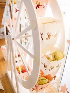 white ferris wheel with macarons <3 so pretty for a party!