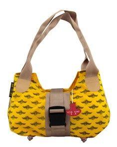 Bag to life Upgrade ladies bag beige -upcycled reddingsvesten en vliegtuiggordel. De lampjes van het reddingsvest zijn de voetjes van deze tas.
