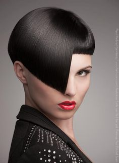 50 Creative Fashion Photography examples from Top Photographers Creative Hairstyles, Cool Hairstyles, Hairstyle Ideas, Short Hair Cuts, Short Hair Styles, Corte Bob, Short Bob Haircuts, Advertising Photography, Brunette Hair