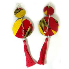 Oversized earrings in wax fabric and pompons - African Necklace, African Jewelry, Textile Jewelry, Fabric Jewelry, Artisanal, Jewelery, Textiles, Necklace Ideas, Homemade