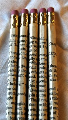 Favorite Book Pencil Wraps.  This could  be nice paired along with a journal craft of some sort or back to school craft program. Tween library craft.