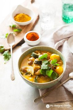 Simple Paleo Chicken Curry from My Natural Family