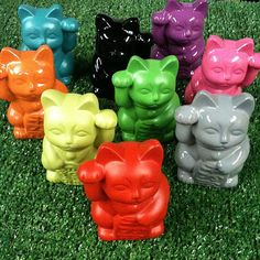 Kitschy Pop Art Ceramic Lucky Cat by soule on Etsy, $30.00