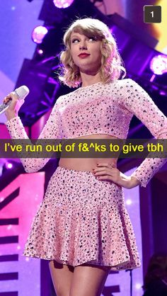 21 Awesomely Shady Snapchats From Taylor Swift