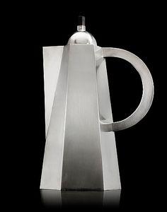 WIWEN NILSSON, A Wiwen Nilsson sterling coffee pot, Lund 1954. Height 29 cm