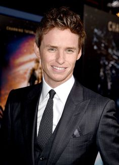 Eddie Redmayne Photos 9 - 'Jupiter Ascending' Premiere in Hollywood <3