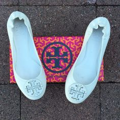 """Bleach White Tory Burch Reva Flats Like new Tory Burch flats in """"bleach white"""". Matte leather with matching medallion on toe. Only worn twice. Comes with original box. Tory Burch Shoes Flats & Loafers"""