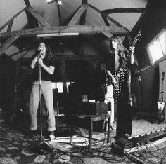 Ozzy Osbourne & Randy Rhoads hard at work on Blizzard of Ozz Ridge Farm Studio, 1980 Birmingham, Blizzard Of Ozz, Best Guitarist, Guitar Collection, Ozzy Osbourne, Black Sabbath, Music Photo, My Favorite Music, Classic Rock